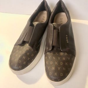 DKNY shoes size 10